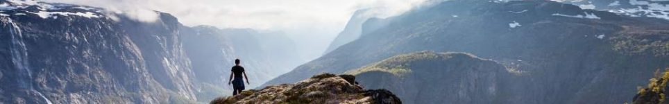 cropped-hiking_fossjuvet_forsand_norway_6fcf1221-3beb-4285-ae3d-322253a6a436.jpg